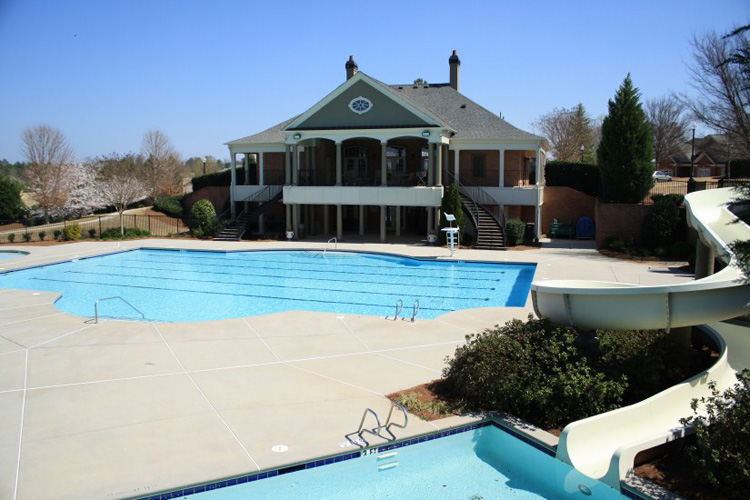 6_bears_best_estates_edinburgh_suwanee_georgia_community_swimming_pool_and_clubhouse