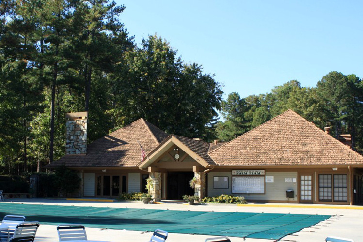 9_country_club_of_the_south_alpharetta_georgia_swimming_pool_and_clubhouse